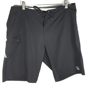 Volcom 4 W Way Stretch 33 Men's Board Shorts Black